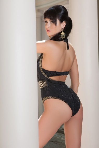 Zarina, stunning Russian escort in Rome for sex